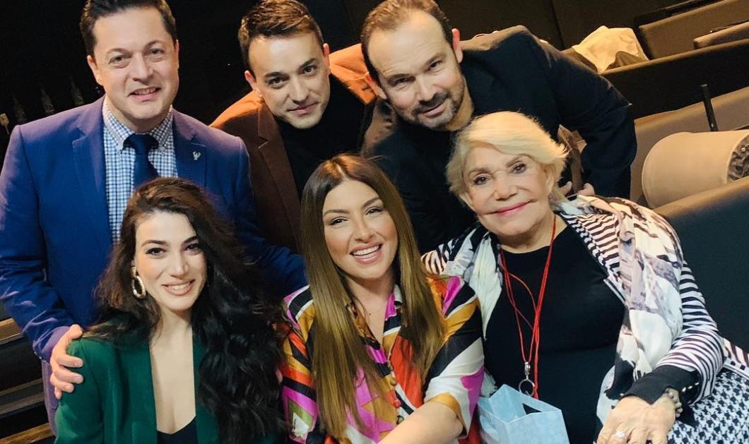 Η Μαρινέλλα, η Έλενα Παπαρίζου, ο Κώστας Μακεδόνας μαζί και στην Αθήνα - Η Θεσσαλονίκη sold out συνεχώς - Κυρίως Φωτογραφία - Gallery - Video