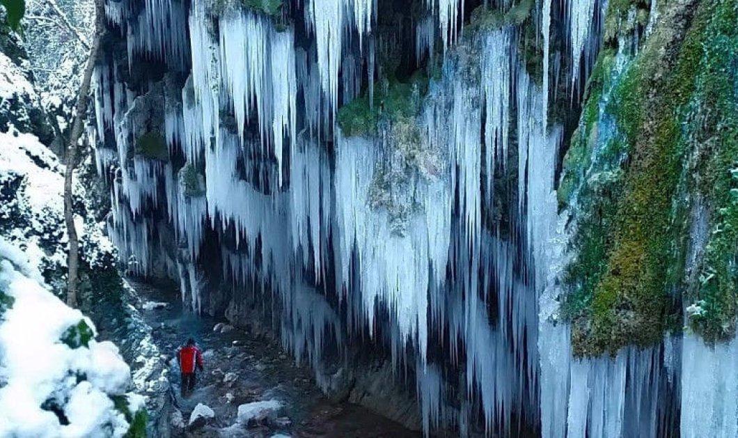 Μαγικό το φαράγγι «Μικρό Πάντα Βρέχει», παγωμένο, κατάλευκο & στους -10 βαθμούς (βίντεο) - Κυρίως Φωτογραφία - Gallery - Video