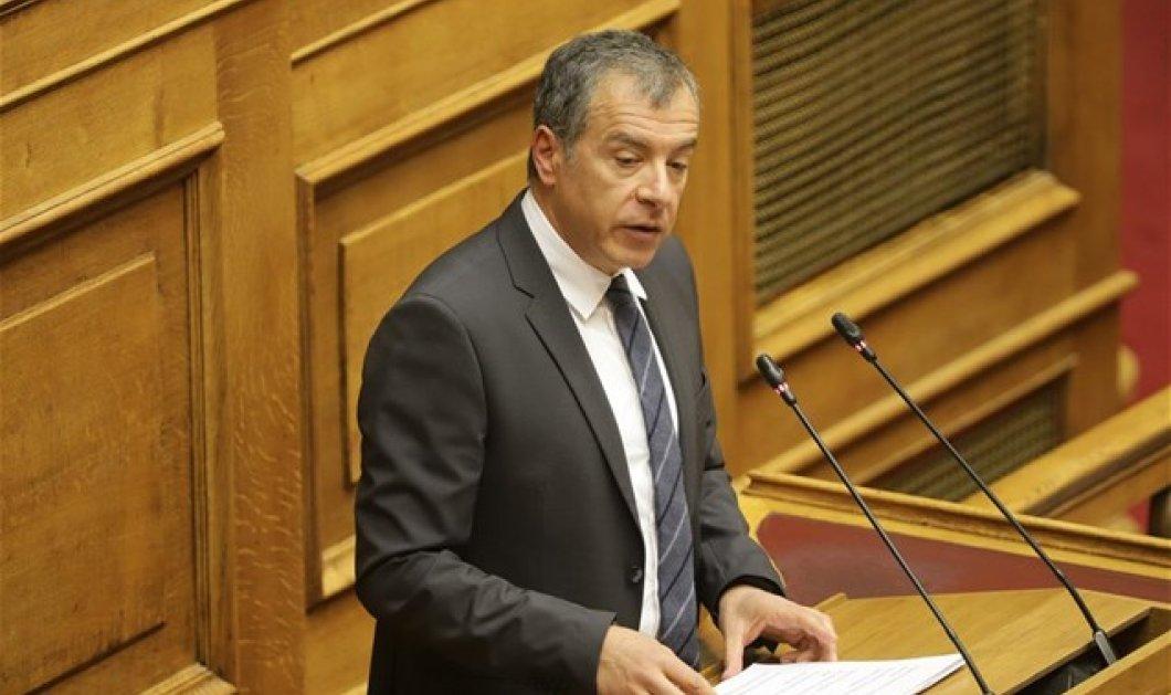 """Σταύρος Θεοδωράκης: Αν πούμε """"όχι"""" στη συμφωνία δεν θα πέσει ο Τσίπρας αλλά ο Ζάεφ - Ποιος """"σκότωσε"""" το Ποτάμι - Κυρίως Φωτογραφία - Gallery - Video"""