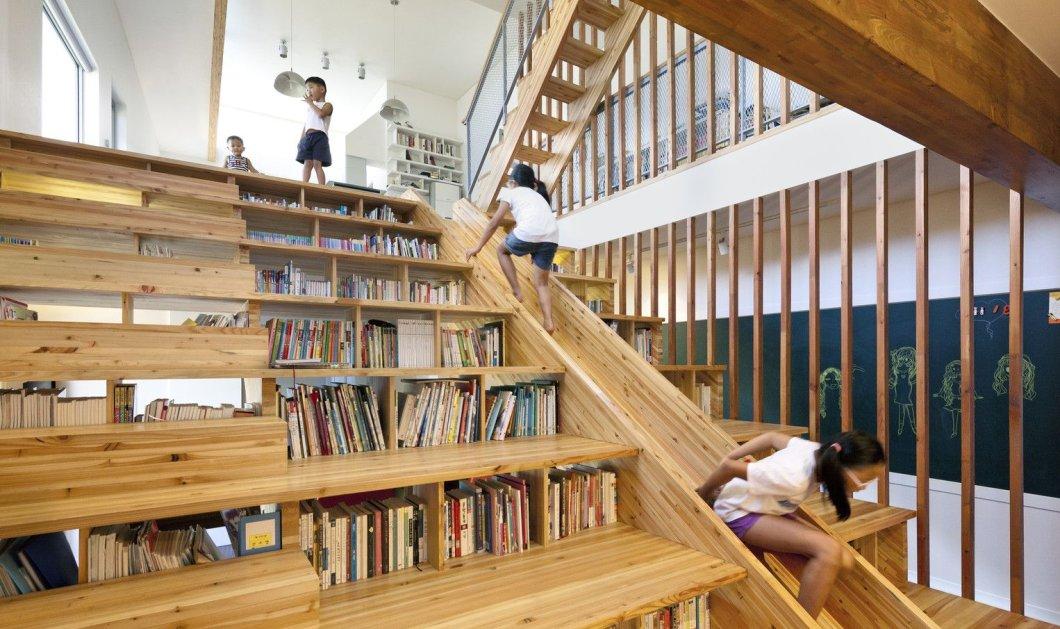 Απίστευτες εσωτερικές σκάλες που μετατράπηκαν σε βιβλιοθήκες (φωτό) - Κυρίως Φωτογραφία - Gallery - Video