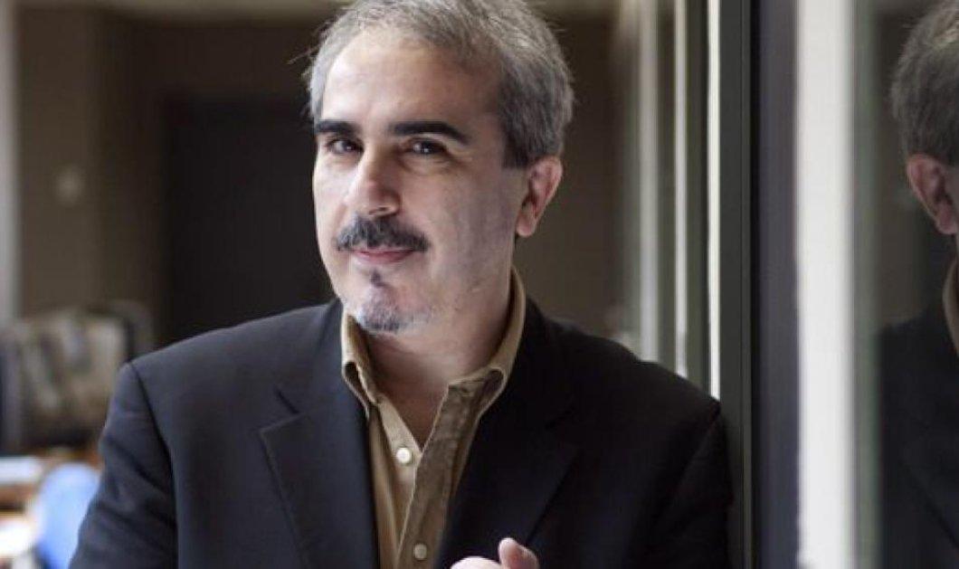 Ενθουσιασμός στη Σύρο: Ο δημοσιογράφος Βαγγέλης Περρής κατεβαίνει υποψήφιος στις εκλογές (φωτό & βίντεο) - Κυρίως Φωτογραφία - Gallery - Video