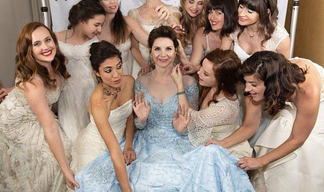 Story of the day: Η νύφη κάλεσε στον γάμο τις φίλες της και αυτές ήρθαν με τα δικά τους.... νυφικά! - Κυρίως Φωτογραφία - Gallery - Video
