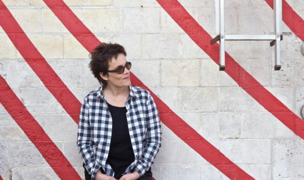"""Στέγη Ιδρύματος Ωνάση: Μην χάσετε το μοναδικό έργο της Γεωργίας Σπυροπούλου """"Eror (The pianist)"""" - Κυρίως Φωτογραφία - Gallery - Video"""