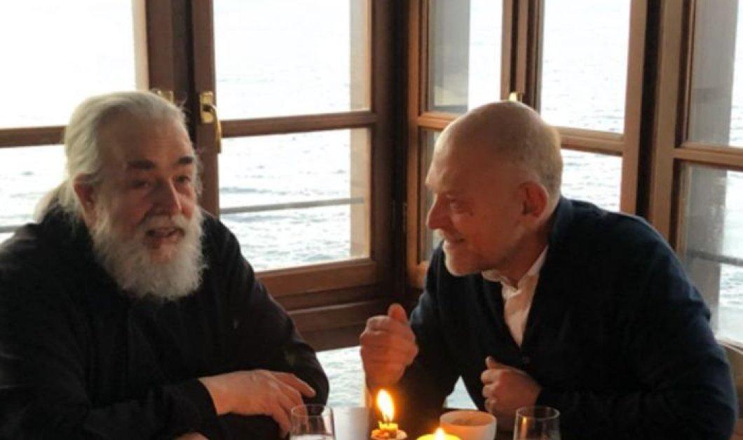 Ο Στέλιος Παρλιάρος στο Άγιον Όρος: Κατανυκτικές στιγμές με τον Πατέρα Επιφάνιο (φωτό) - Κυρίως Φωτογραφία - Gallery - Video