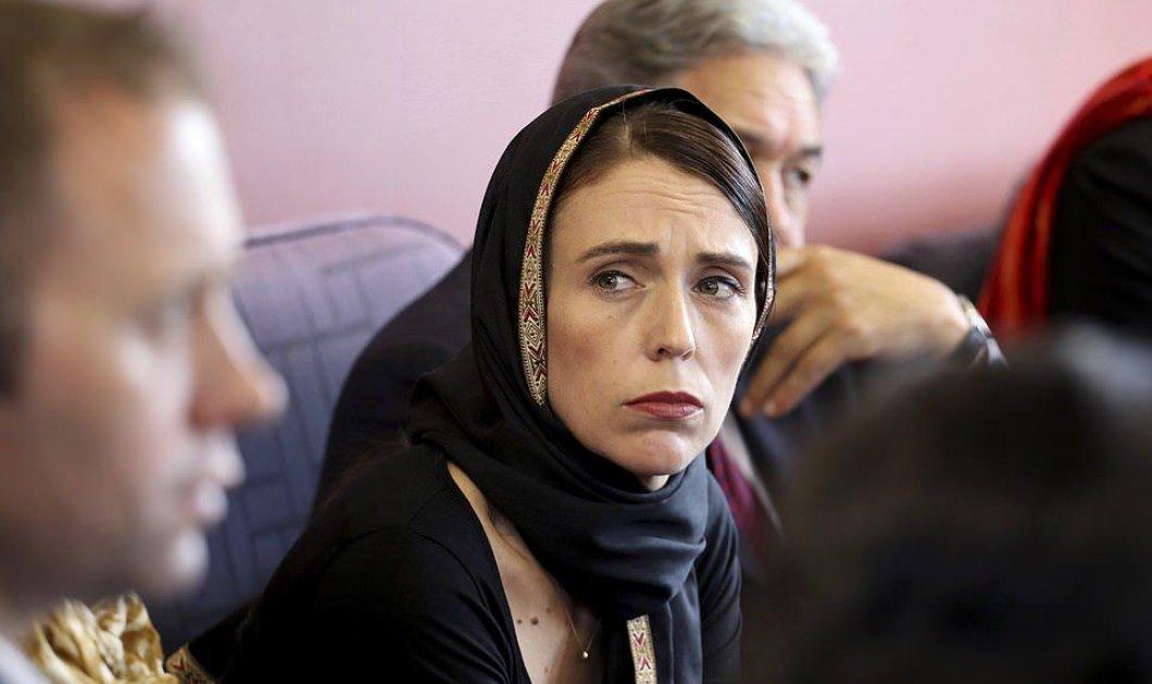 Το άλλο πρόσωπο της εξουσίας - Η Πρωθυπουργός της Νέας Ζηλανδίας επέβαλε αυστηρότερη νομοθεσία για την οπλοκατοχή - Κυρίως Φωτογραφία - Gallery - Video