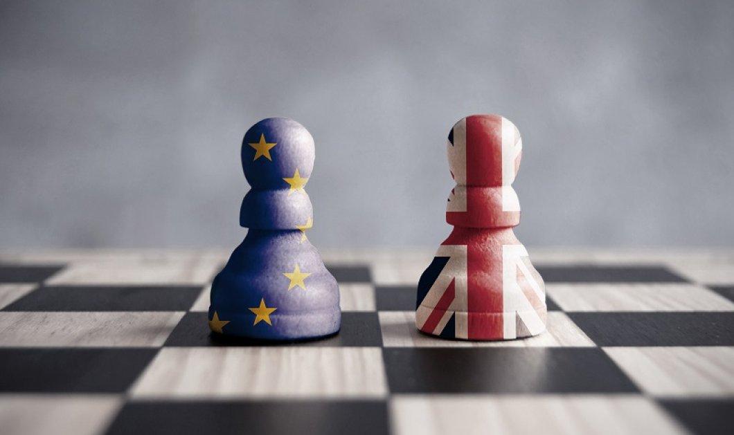 «Μετέωροι» 3 εκατ. Ευρωπαίοι στη Βρετανία μετά το Brexit - Τι προβλήματα θα αντιμετωπίσουν  - Κυρίως Φωτογραφία - Gallery - Video