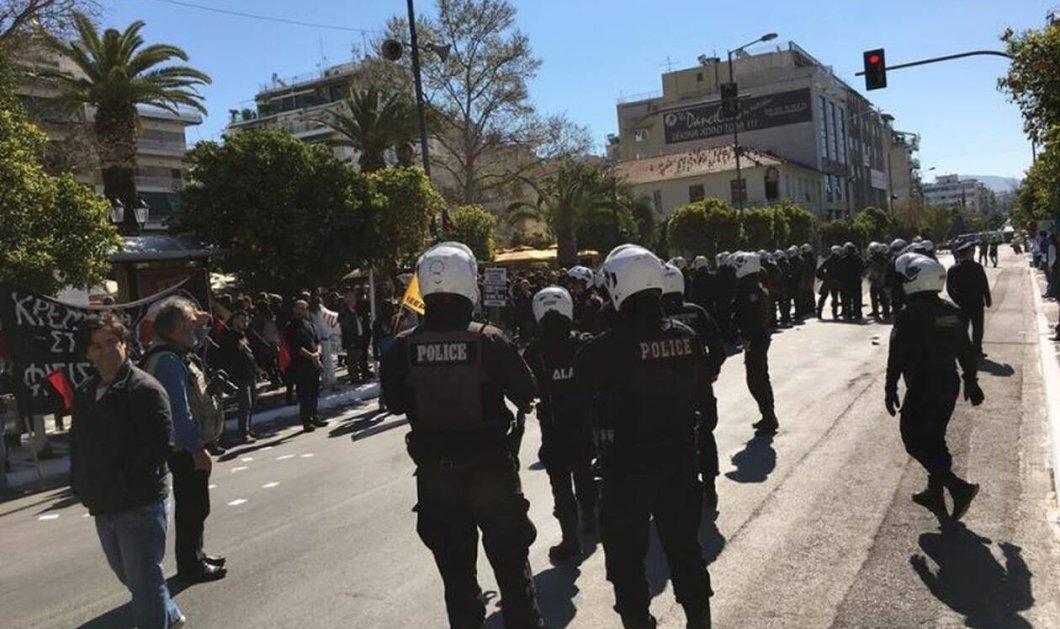25η Μαρτίου: Ένταση στην Καλλιθέα με τραυματίες & 12 συλλήψεις - Φώτο & Βίντεο  - Κυρίως Φωτογραφία - Gallery - Video