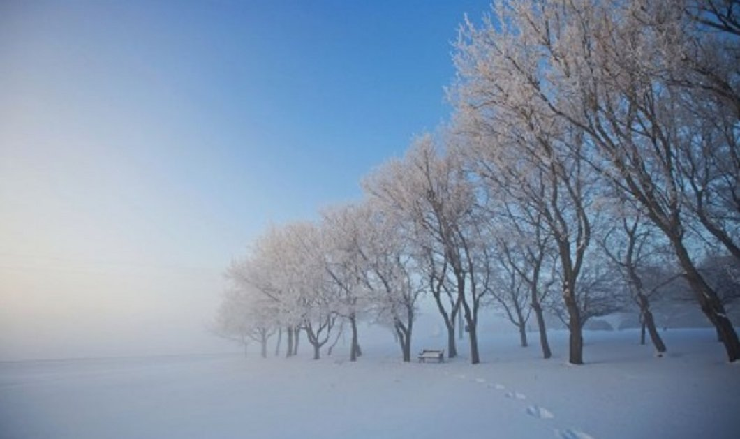 Ο χειμώνας ξαναγύρισε για τα καλά - Χιονίζει τώρα έξω από το Καρπενήσι (βίντεο) - Κυρίως Φωτογραφία - Gallery - Video