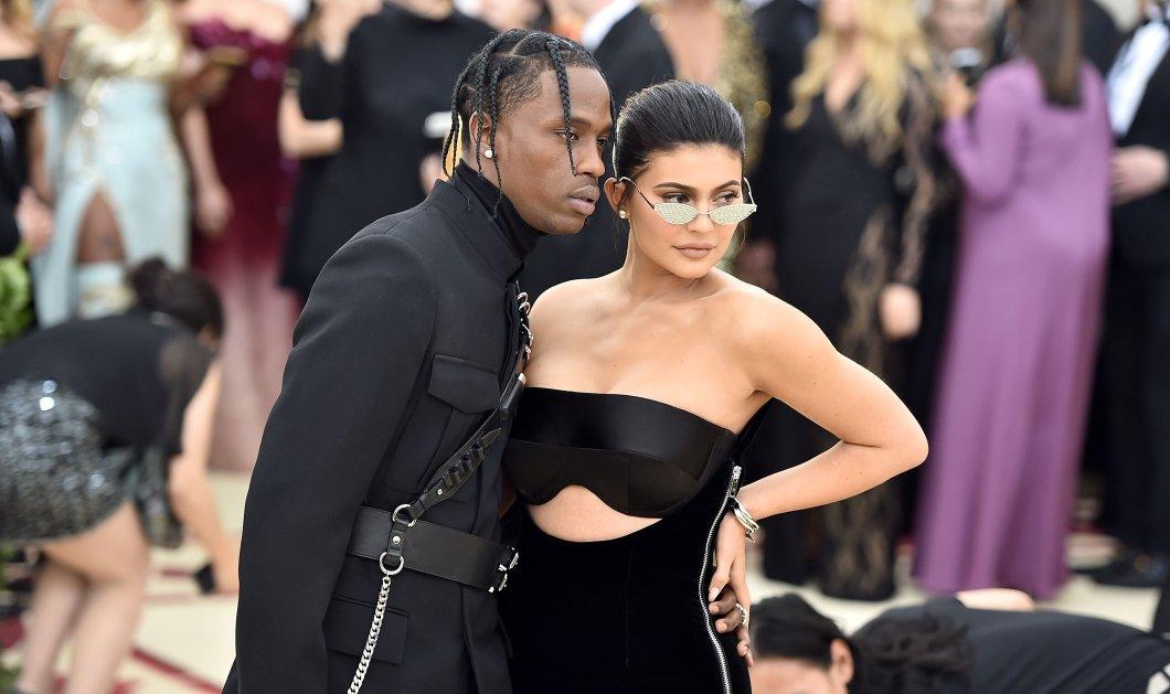 Kylie Jenner: Και εμένα με απατά ο Travis Scott όχι μόνο την Κλοε ο δικός της - Τι απέγινε με την καλύτερή της φίλη - Κυρίως Φωτογραφία - Gallery - Video