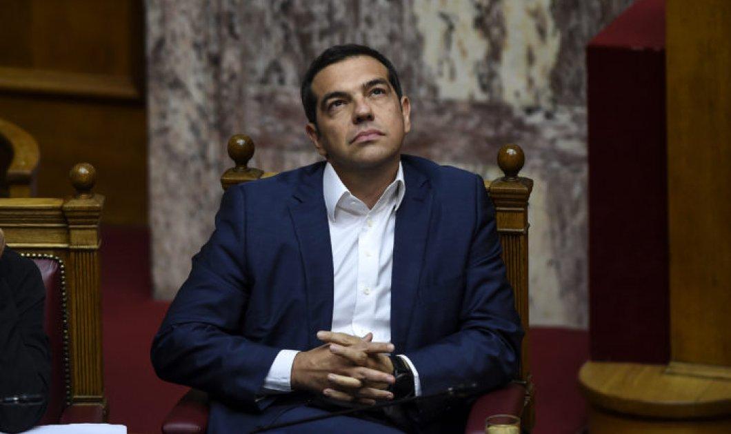 «Το λυκόφως του Τσίπρα»: Με τον Σωκράτη και το κώνειο παρομοιάζει ο Economist τον πρωθυπουργό και τις εκλογές - Κυρίως Φωτογραφία - Gallery - Video