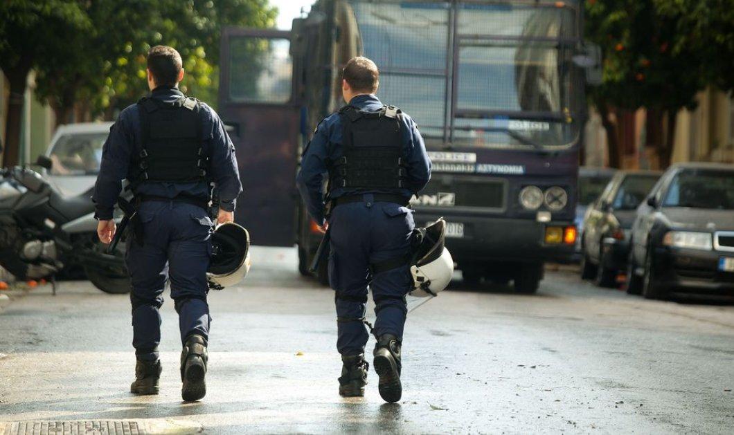 Εξάρχεια: Επιχείρηση σκούπα της αστυνομίας – 80 προσαγωγές σε κτίρια υπό κατάληψη - Κυρίως Φωτογραφία - Gallery - Video