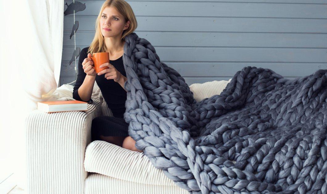 Βίντεο: Πως να αλλάξεις εύκολα τα υφάσματα στον καναπέ σου & να γίνει καινούργιος - άσε η ατμόσφαιρα...  - Κυρίως Φωτογραφία - Gallery - Video