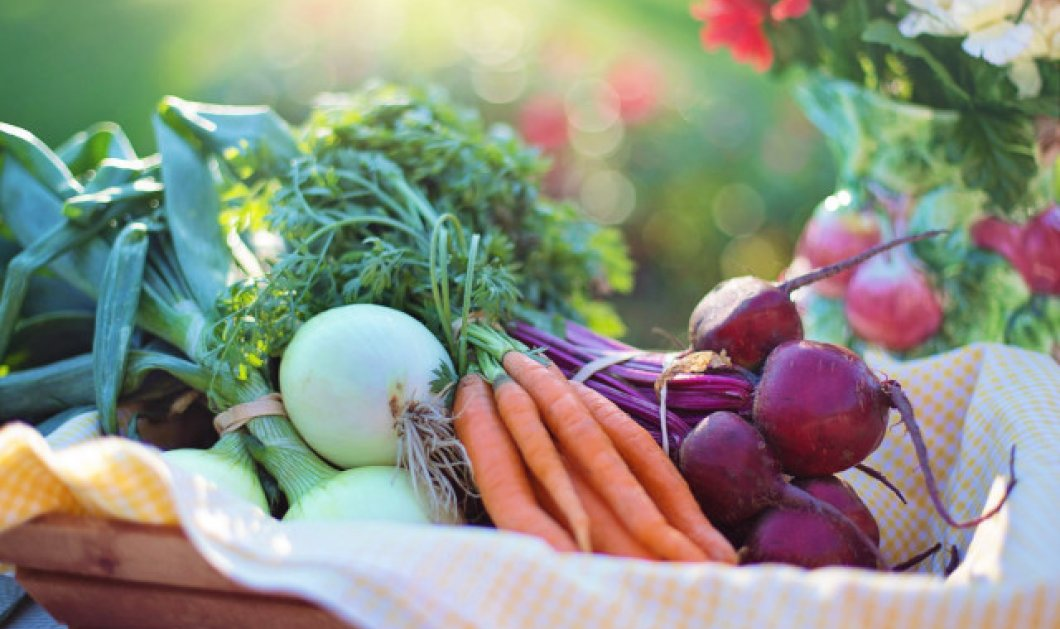 Βάλτε πολύχρωμα φρούτα και λαχανικά στη διατροφή σας και διώξτε τον καταρράκτη!  - Κυρίως Φωτογραφία - Gallery - Video