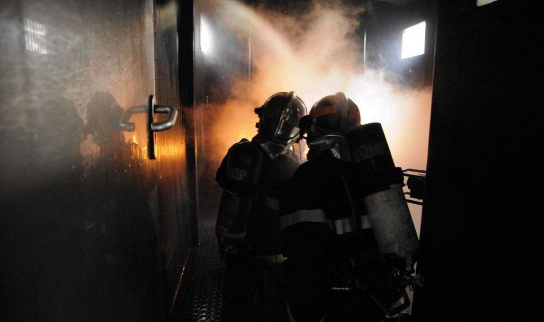 Γαλλία: Μεγάλη πυρκαγιά στο Μπορντό έκαψε 2 εκατ. φιάλες κρασιού - Στα 13 εκατ. ευρώ η αξία τους! (βίντεο) - Κυρίως Φωτογραφία - Gallery - Video