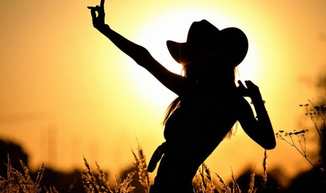 """""""Αν ο ήλιος μπαίνει μέσα στο σπίτι, μπαίνει λίγο και στην ψυχή σου!"""" – Είναι μοναδικό πώς αλλάζει η διάθεση το καλοκαίρι - Κυρίως Φωτογραφία - Gallery - Video"""