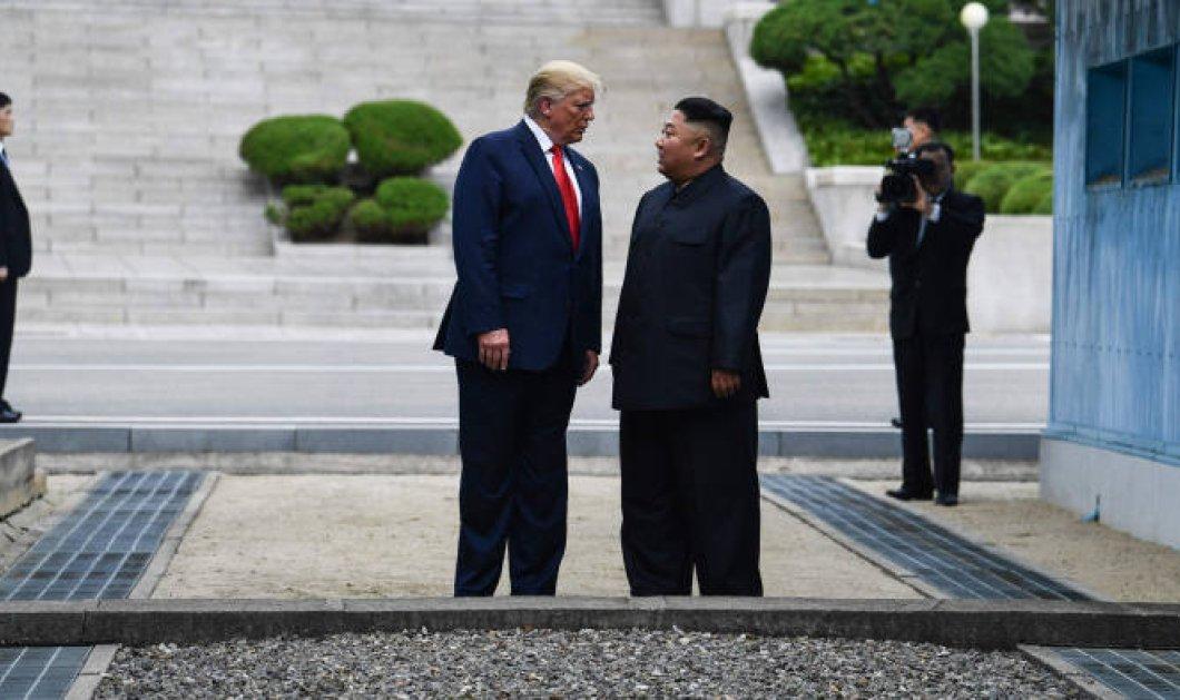 Ο Τραμπ  ο πρώτος Αμερικανός πρόεδρος που πάτησε στο έδαφος της Βόρειας Κορέας - Η ιστορική συνάντηση με τον Κιμ Γιονγκ Ουν (φώτο-βίντεο) - Κυρίως Φωτογραφία - Gallery - Video