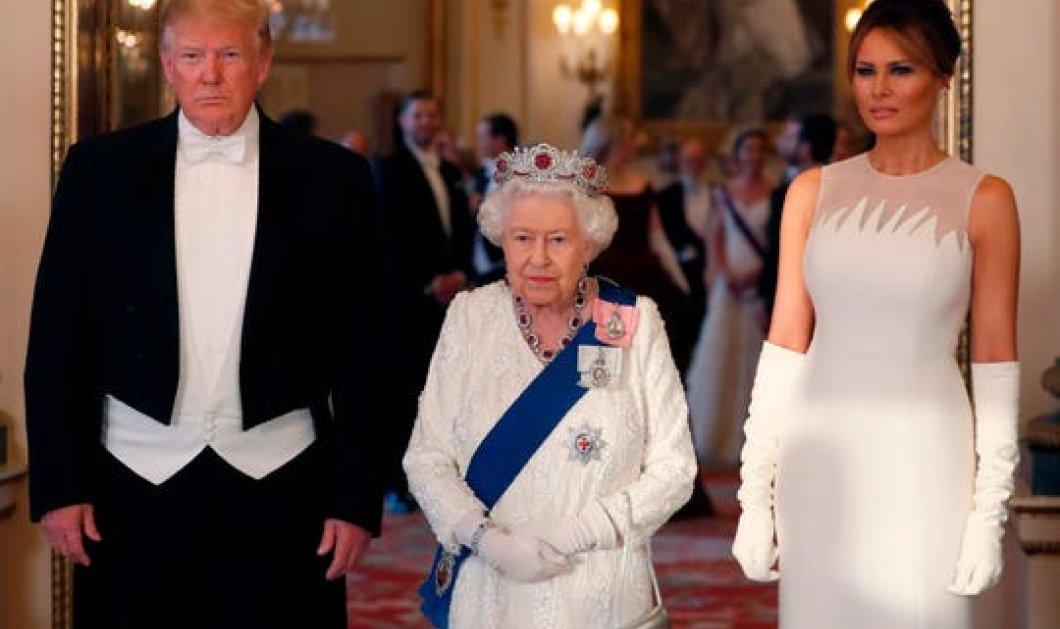 Η επίσημη δεξίωση της Βασίλισσας Ελισάβετ για τον Τραμπ στο Μπάκιγχαμ – Στα λευκά Μελάνια, Κέιτ, Καμίλα & Βασίλισσα (φωτό & βίντεο)  - Κυρίως Φωτογραφία - Gallery - Video