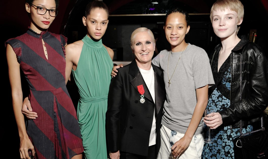 """Ave Maria"": Όλος ο κόσμος της μδας στο πάρτι της ""Madame Dior"" - Συγκινημένος ο Βαλεντίνο & τα μοντέλα της Μαρία Γκράτσια Κιουρί  (φώτο-βίντεο)  - Κυρίως Φωτογραφία - Gallery - Video"