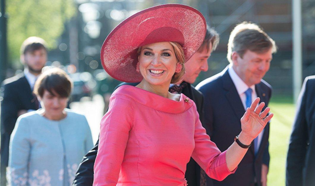 Βασίλισσα Μαξίμα: Η ατέλειωτη συλλογή των πλατύγυρων καπέλων της – Σε όλα τα χρώματα με ασορτί σκουλαρίκια (φωτό) - Κυρίως Φωτογραφία - Gallery - Video