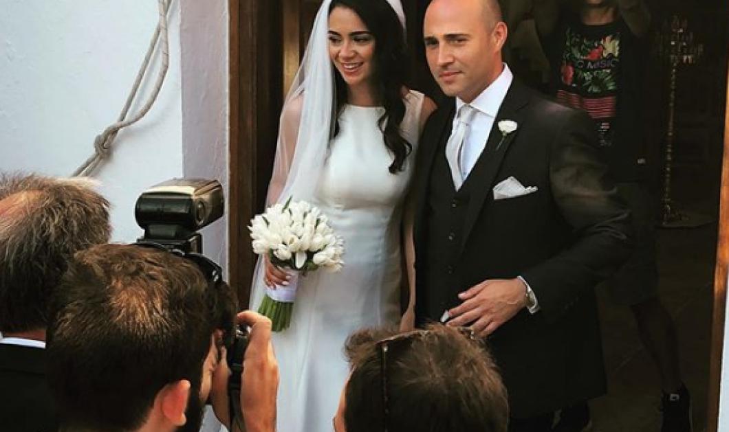 Ο γάμος 24 ώρες πριν τις κάλπες: Κωνσταντίνος Μπογδάνος - Ελένη Καρβέλα στη Νάξο (φωτό & βίντεο) - Κυρίως Φωτογραφία - Gallery - Video