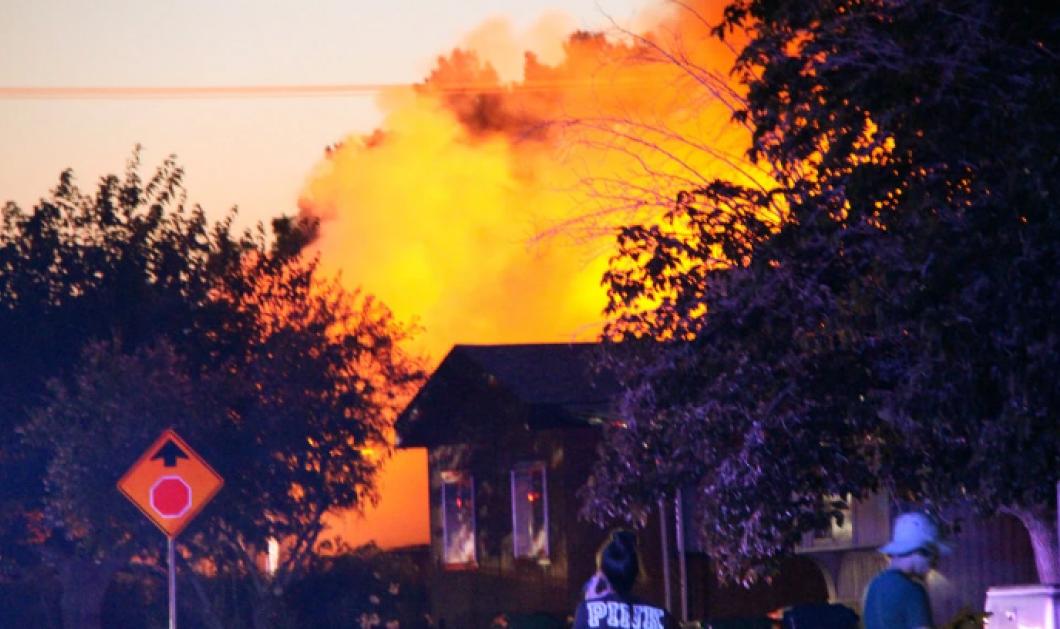 Τα πρώτα πλάνα από τον ισχυρό σεισμό 7,1 Ρίχτερ στην Καλιφόρνια – Τραυματισμοί, φωτιές & καταστροφές σε κτίρια (φωτό & βίντεο) - Κυρίως Φωτογραφία - Gallery - Video