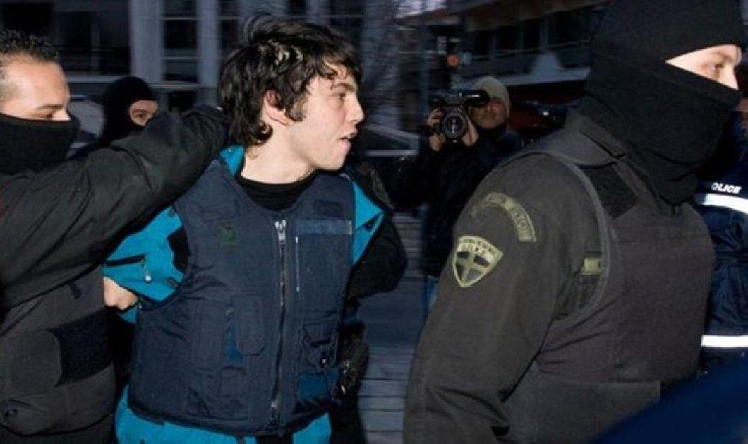 Αποφυλακίστηκε ο Νίκος Ρωμανός μετά από έξι χρόνια κράτησης - Κυρίως Φωτογραφία - Gallery - Video