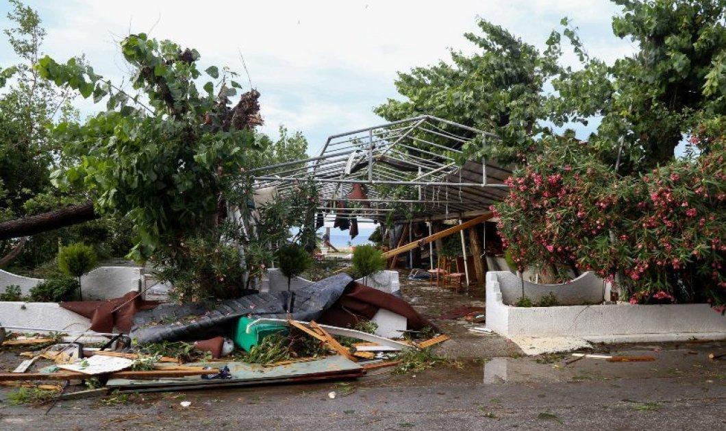 Συγκλονιστικό βίντεο: Η στιγμή που η φονική καταιγίδα χτυπάει αυτοκίνητο στην Χαλκιδική  - Κυρίως Φωτογραφία - Gallery - Video