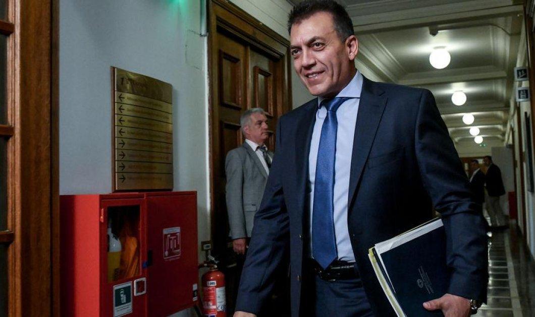 Μπλόκο με εντολή Βρούτση στις συντάξεις των 8000 έως 24000 ευρώ - Οι μισθοί των δικαιούχων συνταξιούχων  έφταναν στις 35.000  - Κυρίως Φωτογραφία - Gallery - Video
