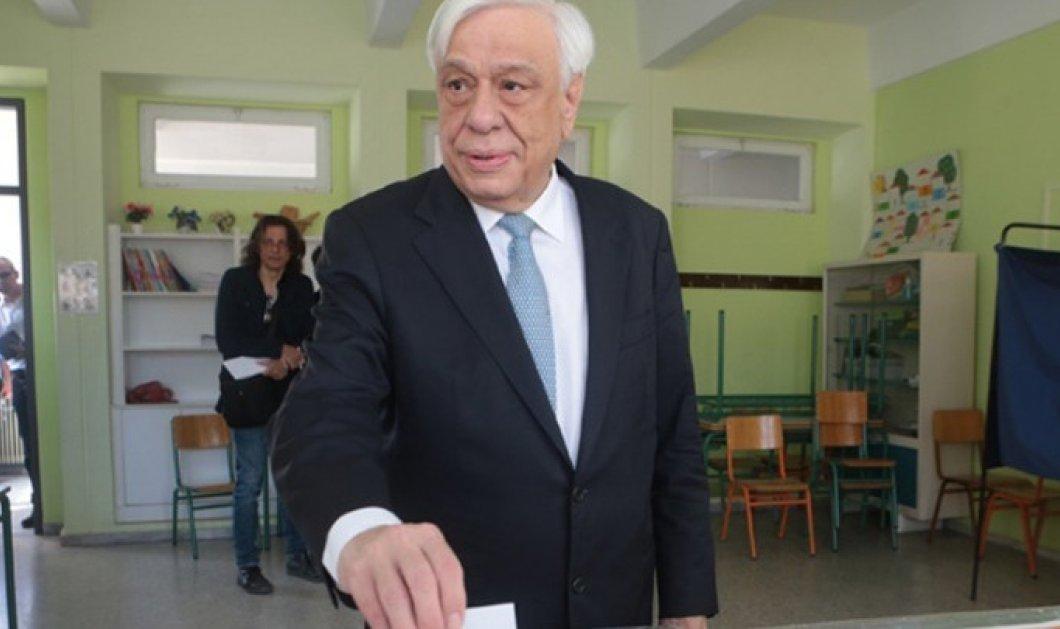 """Εθνικές εκλογές 2019: Ψήφισε ο Προκόπης Παυλόπουλος - """"Είναι η ημέρα του πολίτη και της λαϊκής ετυμηγορίας"""" - Κυρίως Φωτογραφία - Gallery - Video"""
