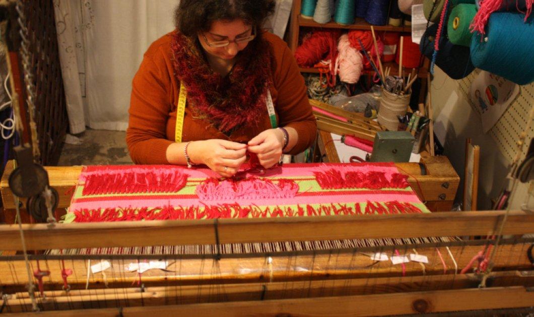 Αποκλειστικό – Made in Greece η Ελένη Παύλου & ο αργαλειός της! Ανάμεσα στα υφαντά ΕΡΓΑΝΗ υπέροχα χαλιά, μαξιλάρια, κουρτίνες, τσάντες, εσάρπες, κούκλες & παιχνίδια - Κυρίως Φωτογραφία - Gallery - Video