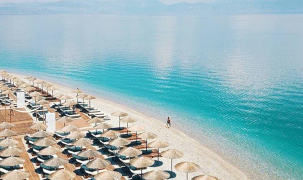 Ξυλόκαστρο: Απέραντο γαλάζιο σε μία καταπληκτική δαντελωτή παραλία - Καταπληκτική η φωτογραφία της ημέρας - Κυρίως Φωτογραφία - Gallery - Video