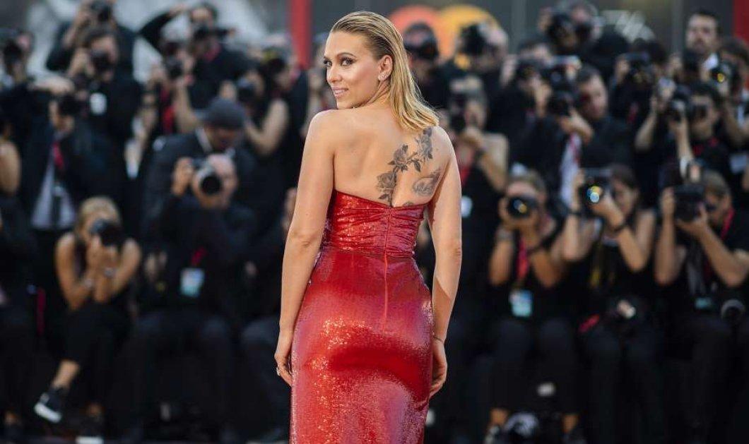 Αστράφτει και βάζει φωτιά στα κόκκινα η Σκάρλετ Γιόχανσον  - Η πιο ακριβοπληρωμένη ηθοποιός του Hollywood στο Φεστιβάλ Βενετίας - Κυρίως Φωτογραφία - Gallery - Video