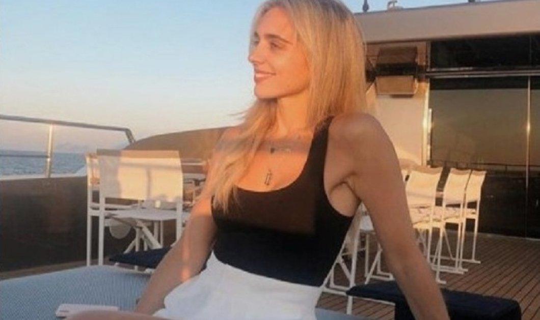 Η Μαριάννα Γουλανδρή - Λαιμού με girly κίτρινο μαγιό και choker από κοχύλια (φώτο) - Κυρίως Φωτογραφία - Gallery - Video