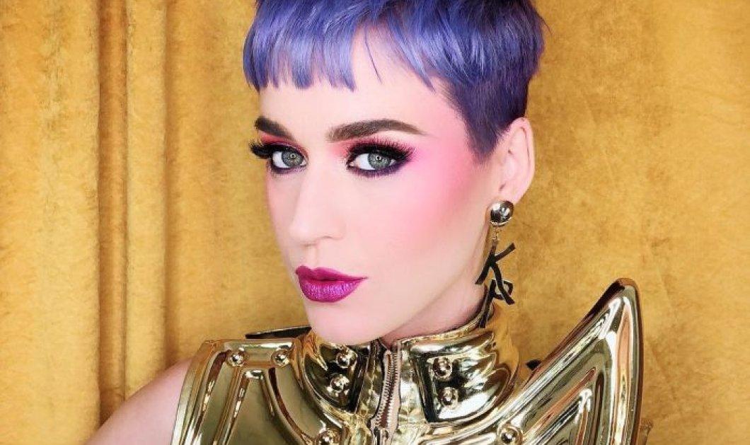 Το μωβ, η τελευταία λέξη της μόδας για το χρώμα μαλλιών, φέτος τον χειμώνα (φωτό) - Κυρίως Φωτογραφία - Gallery - Video