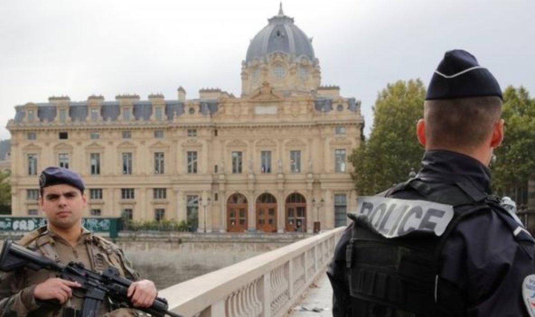 Τρόμος στο Παρίσι: Τέσσερις αστυνομικοί νεκροί από επίθεση με μαχαίρι - Ο δράστης είχε ασπαστεί το Ισλάμ (φώτο-βίντεο) - Κυρίως Φωτογραφία - Gallery - Video