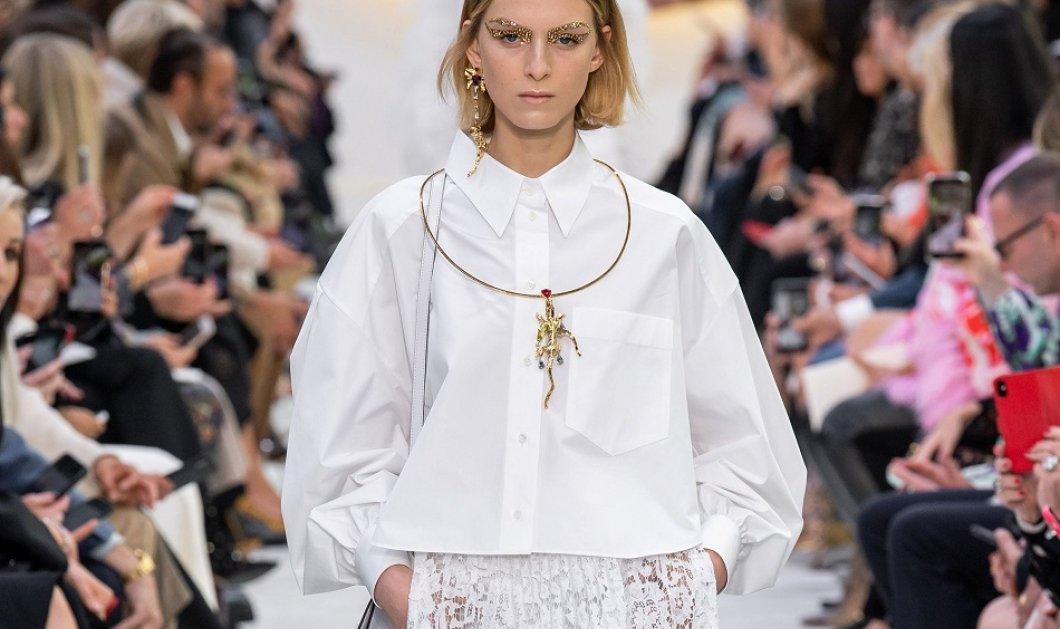 """""""Σ' αγαπώ γιατί είσαι ωραία"""": Αυτό ήταν το """"σύνθημα"""" της υπέροχης κολεξιόν Valentino - Πρωταγωνιστής το λευκό το χρυσό & τα εντυπωσιακά ρούχα (φώτο) - Κυρίως Φωτογραφία - Gallery - Video"""