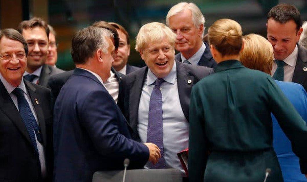 Brexit: Αλαλούμ με επιστολές Τζόνσον σε Τουσκ - Στη μία ζητά αναβολή, στην άλλη δεν τη θέλει  - Κυρίως Φωτογραφία - Gallery - Video