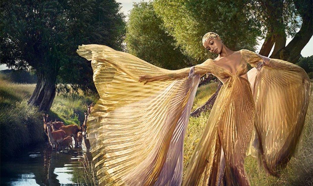 Ο θαυμαστός κόσμος της μόδας: Δείτε 10  διάσημα μοντέλα να φοράνε ονειρεμένες δημιουργίες μεγάλων οίκων για το φθινόπωρο 2019 (φώτο) - Κυρίως Φωτογραφία - Gallery - Video
