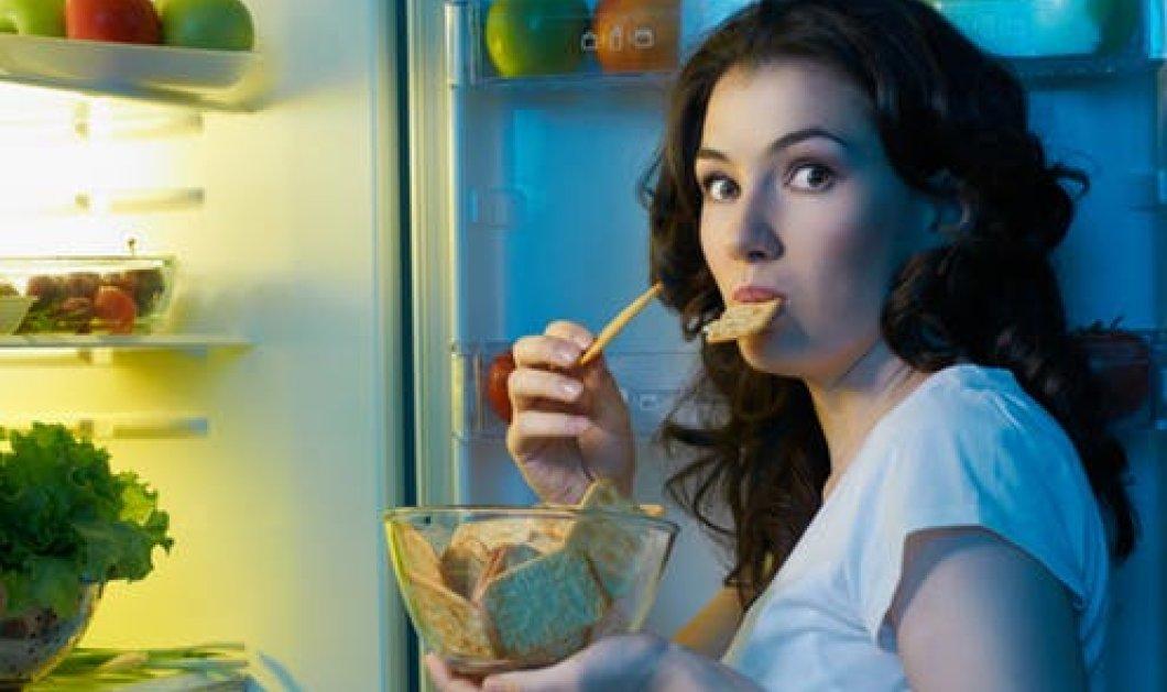 Νυχτερινή Υπερφαγία: Το Σύνδρομο της Βραδινής επιδρομής στο ψυγείο - Κυρίως Φωτογραφία - Gallery - Video