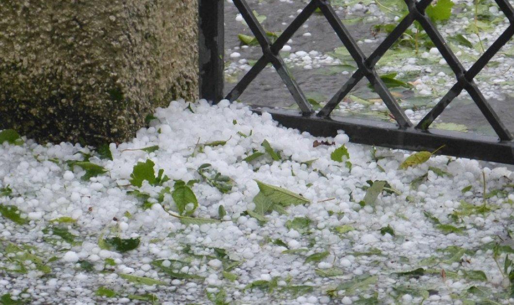 Πρωτοφανής η καταιγίδα που έπληξε την Αττική το μεσημέρι της Παρασκευής - Έριξε χαλάζι σε μέγεθος καρυδιού (φωτό & βίντεο)  - Κυρίως Φωτογραφία - Gallery - Video