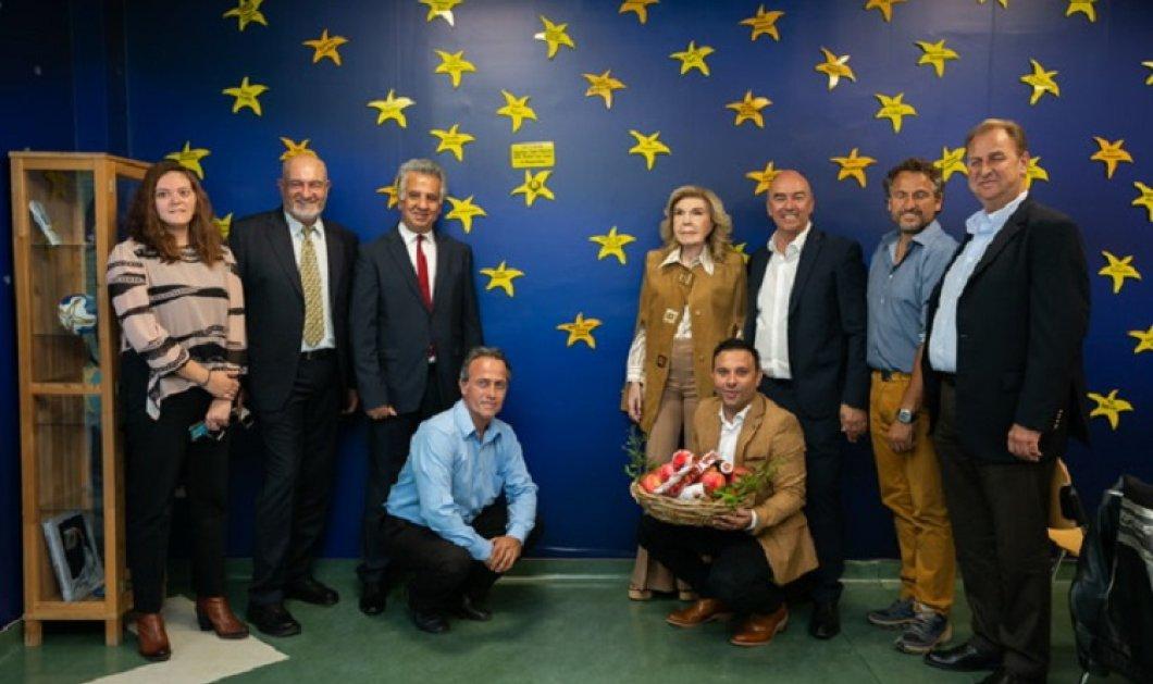 Ο Δήμος Ερμιονίδας πρόσφερε μια ροδιά  στην Ογκολογική Μονάδα Παίδων «Μαριάννα Β. Βαρδινογιάννη – ΕΛΠΙΔΑ»  - Κυρίως Φωτογραφία - Gallery - Video