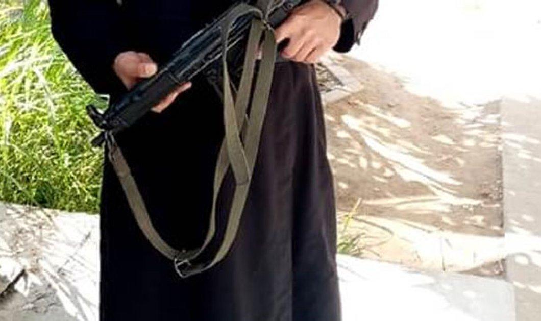 Ή παπάς – παπάς, ή αστυνομικός: Φωτό από τον ιερέα – ένστολο στα Τρίκαλα! - Κυρίως Φωτογραφία - Gallery - Video