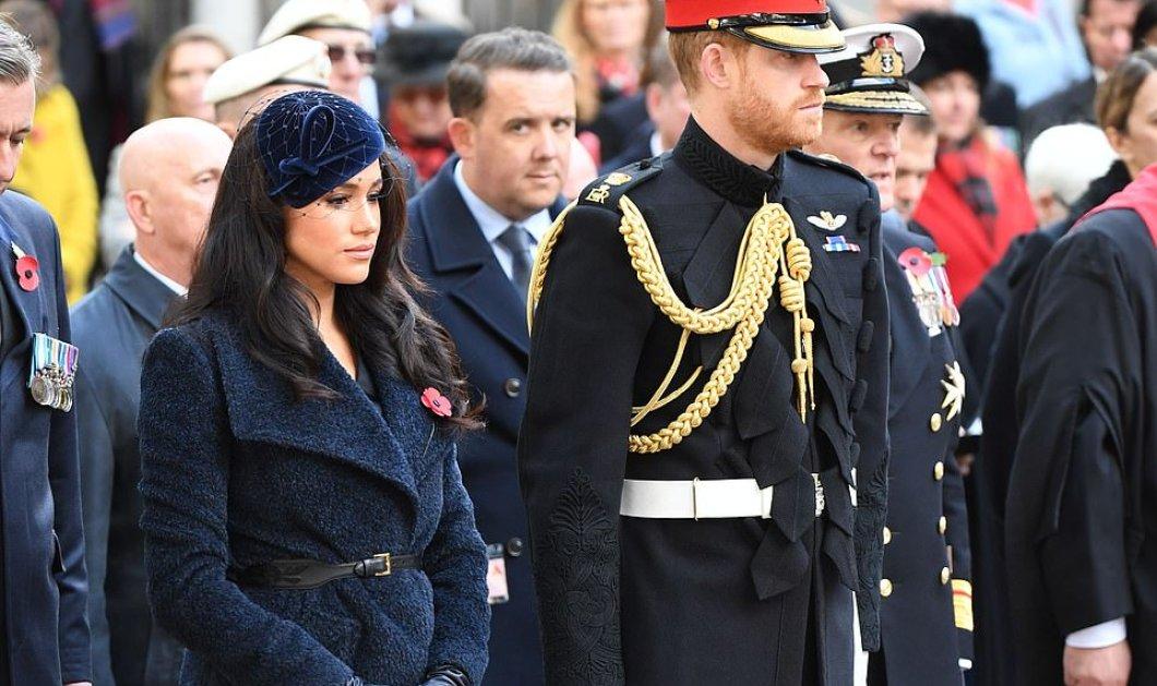 Το νεύμα του πρίγκιπα Χάρι στην Μέγκαν Μαρκλ για να πάει κοντά του σε επίσημη τελετή (φώτο-βίντεο) - Κυρίως Φωτογραφία - Gallery - Video