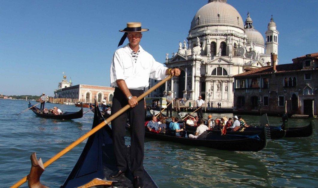 Τι βρήκαν οι γονδολιέρηδες που βούτηξαν στο βυθό της Βενετίας; - Ραδιόφωνα, ποδήλατα, 2,5 τόνους σκουπίδια (φώτο- βίντεο) - Κυρίως Φωτογραφία - Gallery - Video