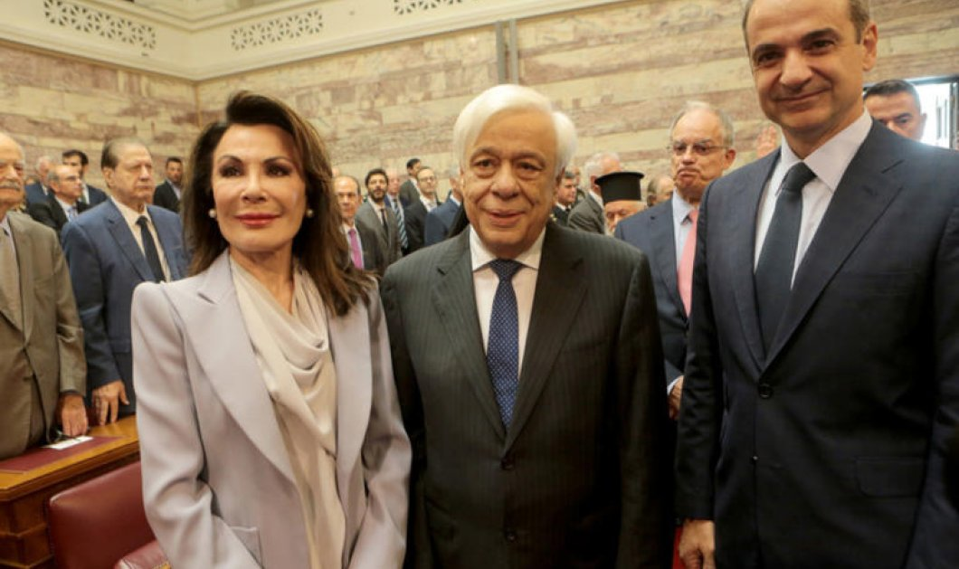 """""""Ελλάδα 2021"""": Παρουσιάστηκε η επιτροπή στη Βουλή - Τι είπαν Μητσοτάκης - Αγγελοπούλου - Οι 31 προσωπικότητες που συμμετέχουν (φώτο- βίντεο) - Κυρίως Φωτογραφία - Gallery - Video"""
