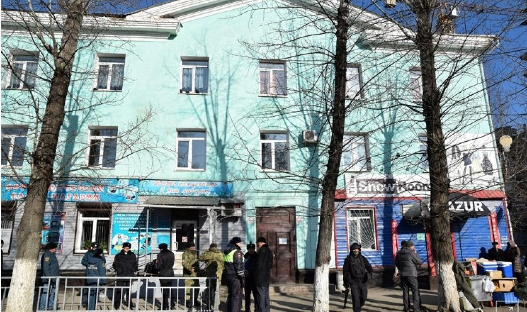 Τρόμος στο κολέγιο: 19χρονος άνοιξε πυρ εναντίον συμμαθητών του στη Ρωσία - Δύο νεκροί τρεις τραυματίες (φώτο-βίντεο) - Κυρίως Φωτογραφία - Gallery - Video