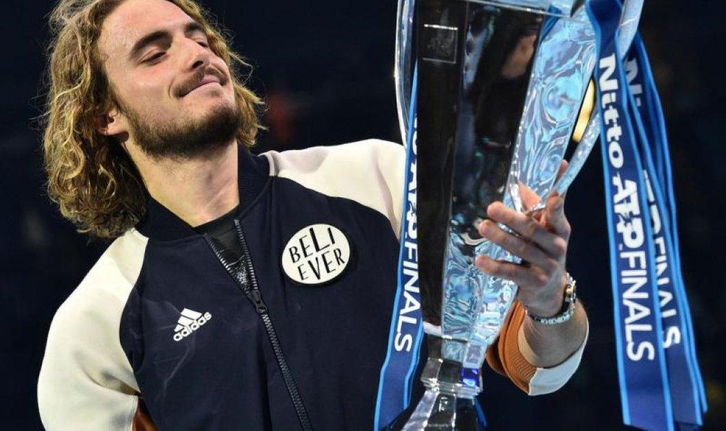 Βίντεο: Δείτετον τελευταίο πόντο του Τσιτσιπά: Να πως ανακηρύχθηκεβασιλιάς του ATP Finals  - Κυρίως Φωτογραφία - Gallery - Video