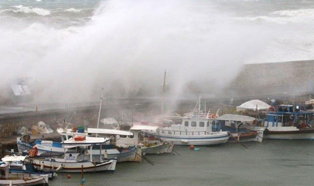 """Στο έλεος της κακοκαιρίας """"Βικτώρια"""" η Ελλάδα - Πολλά προβλήματα στην Κέρκυρα - Δύσκολη μέρα για την Αττική η αυριανή (φώτο-βίντεο) - Κυρίως Φωτογραφία - Gallery - Video"""