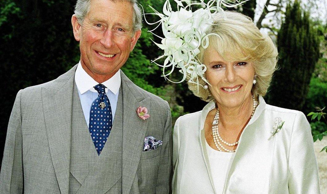 Πολύ μποέμ κάρτα διάλεξαν ο πρίγκιπας Κάρολος & η δούκισσα της Κορνουάλης Καμίλα για τα Χριστούγεννα (φώτο) - Κυρίως Φωτογραφία - Gallery - Video