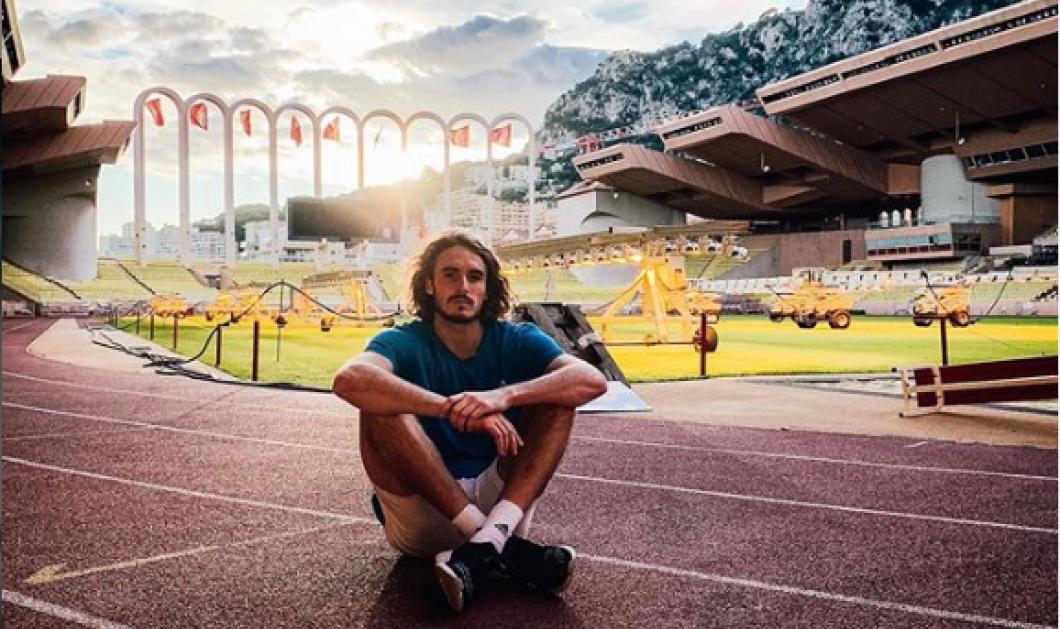 Ο ΣτέφανοςΤσιτσιπάς με κελεμπία στο Ομάν - Ο No 7 στο παγκόσμιο τένιςείναι«προχώ» στα social media - Φώτο  - Κυρίως Φωτογραφία - Gallery - Video